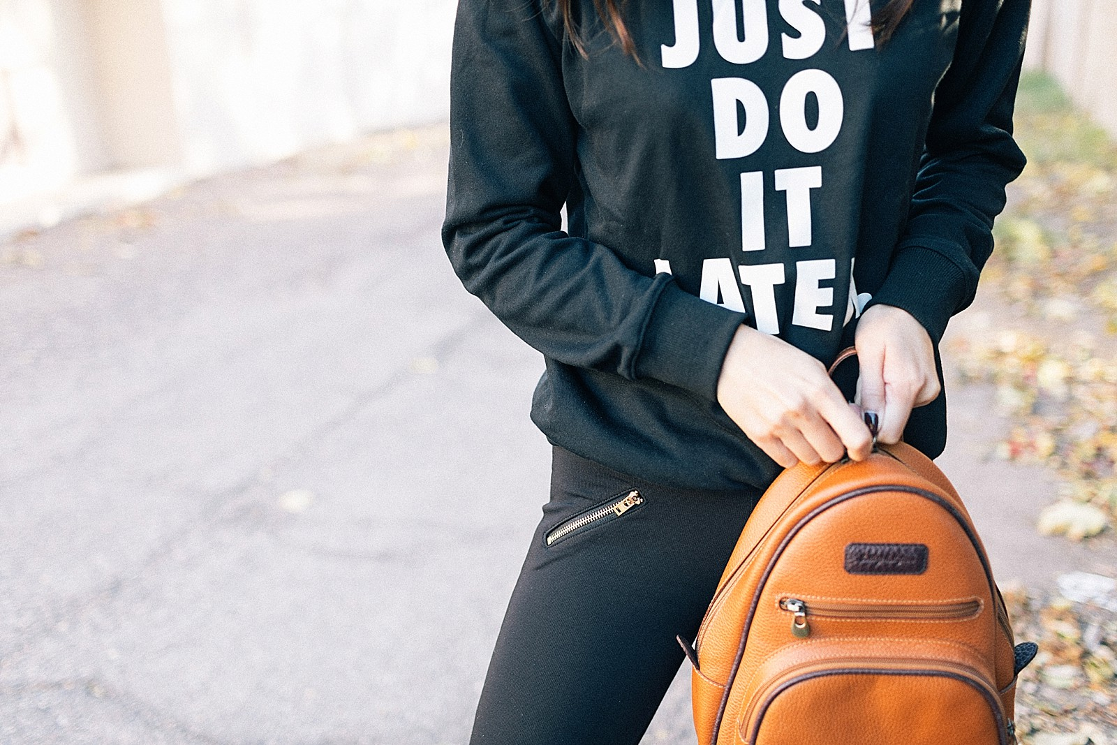 just-do-it-sweatshirt-fyi-leggings-gold-zipper-find-your-inspiration-cute-workout-clothes_0010