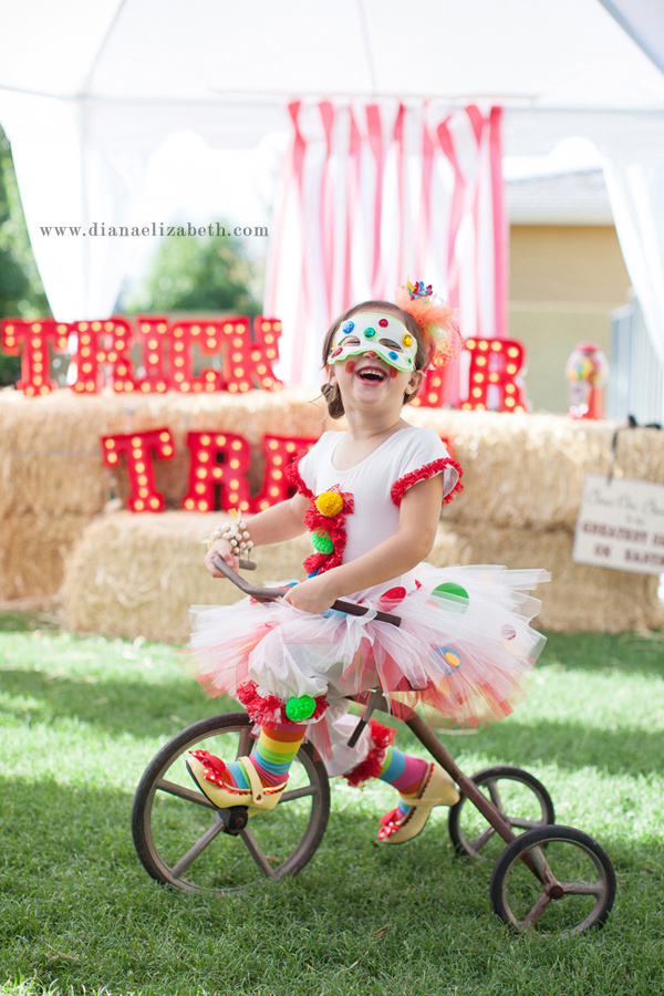 circus-theme-halloween-costumes-wedding-planner-arizona-photographer029