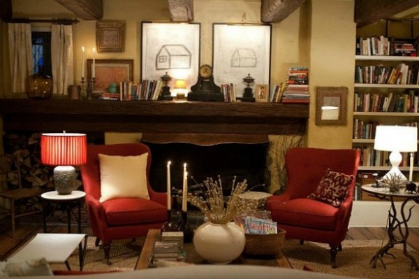 Edward-and-Bellas-cottage-Breaking-Dawn-2-fireplace-611x407