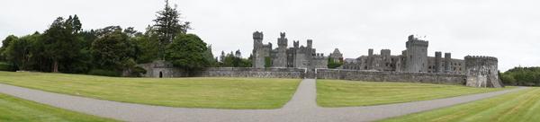 ireland-travel-blogger-republic-of-ireland-northern-ireland-castle-tour-tips-photos045