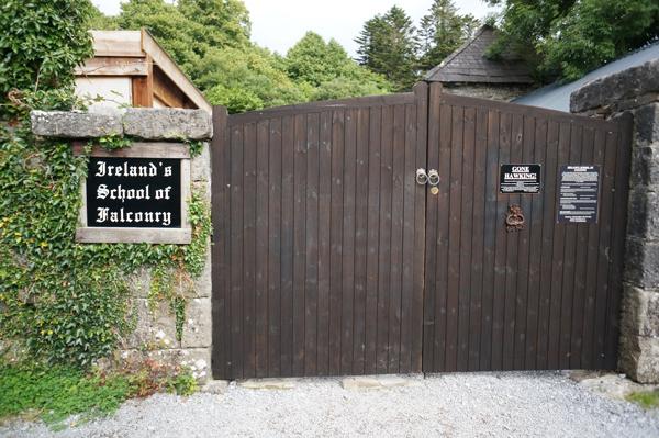 ireland-travel-blogger-republic-of-ireland-northern-ireland-castle-tour-tips-photos052