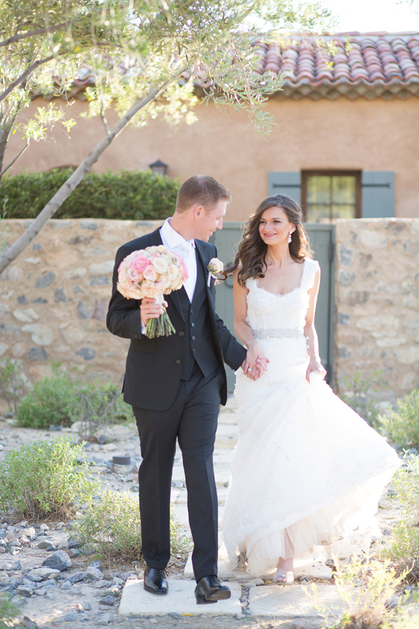 silverleaf-club-scottsdale-arizona-wedding-monique-lhuillier-wedding-photographer-phoenix-bride-diana-elizabeth-photography035