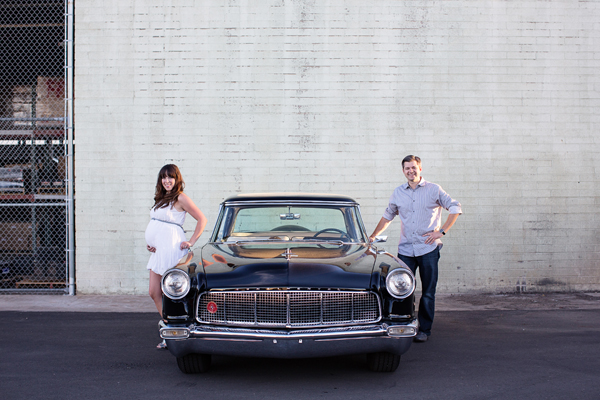 diana-elizabeth-photography-maternity-phoenix-arizona-photographer-photography-classic-car-022