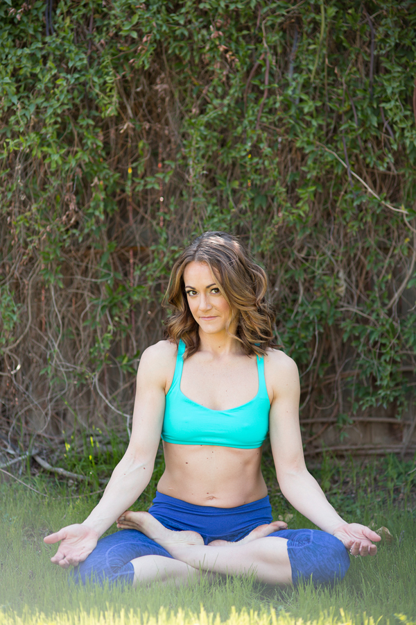 jaclyn-hughes-yoga-fitness-instructor-health-blogger-nutritionist-lifestyle-018