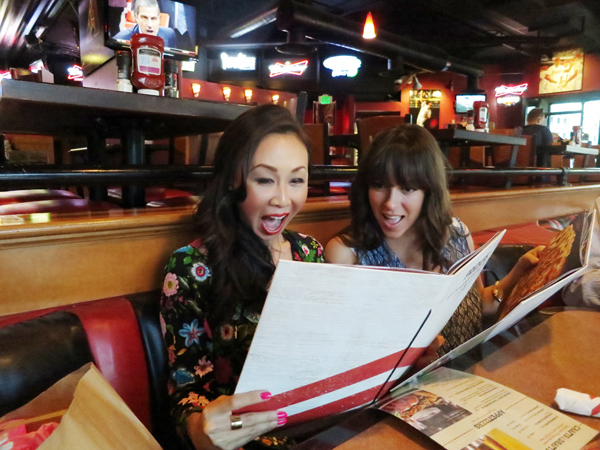 tgifridays-front-row-phoenix-food-blogger-new-menu-tasting-downtown-newmenu