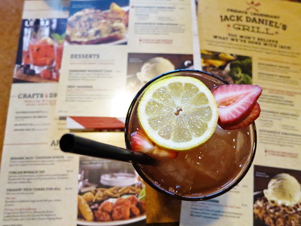 tgifridays-front-row-phoenix-food-blogger-new-menu-tasting-downtown-strawberry-passion-tea