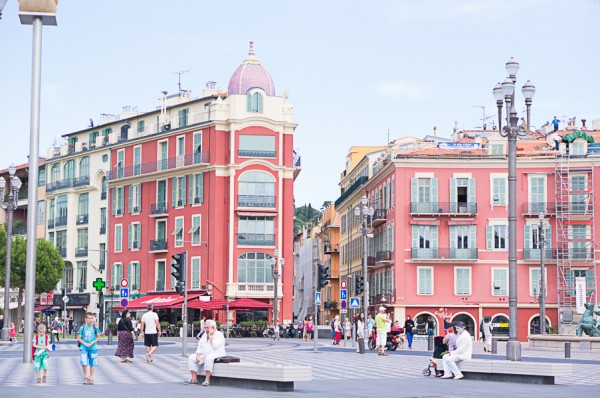 nice-france-south-of-france-streets-travel-blogger-writer-journalist-press-tour-international-travel-diana-elizabeth-american-french-vacation-french-riviera-117