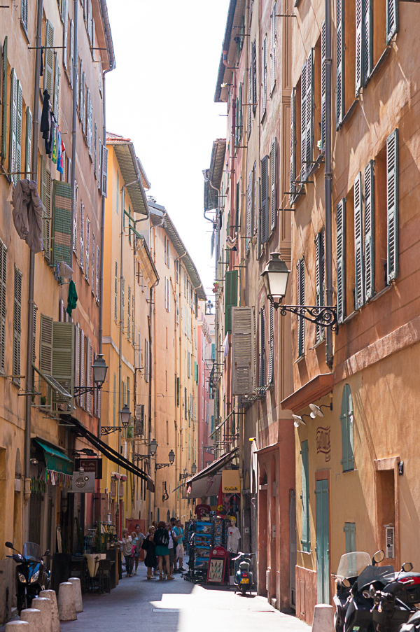 nice-france-south-of-france-streets-travel-blogger-writer-journalist-press-tour-international-travel-diana-elizabeth-american-french-vacation-french-riviera-132