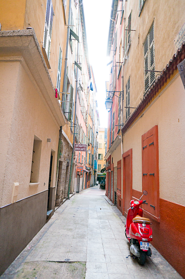 nice-france-south-of-france-streets-travel-blogger-writer-journalist-press-tour-international-travel-diana-elizabeth-american-french-vacation-french-riviera-142
