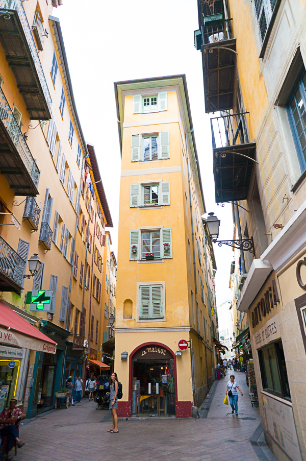nice-france-south-of-france-streets-travel-blogger-writer-journalist-press-tour-international-travel-diana-elizabeth-american-french-vacation-french-riviera-146