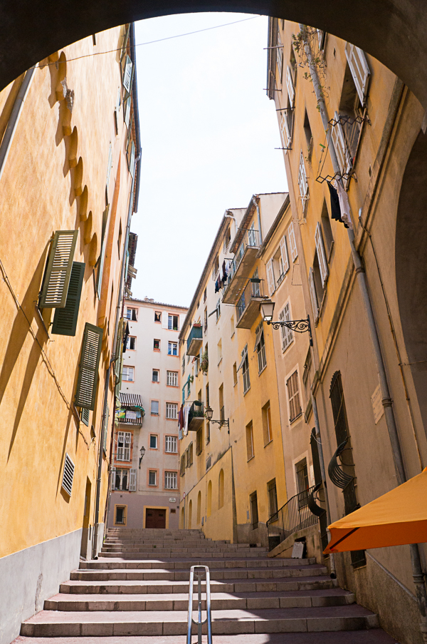 nice-france-south-of-france-streets-travel-blogger-writer-journalist-press-tour-international-travel-diana-elizabeth-american-french-vacation-french-riviera-210