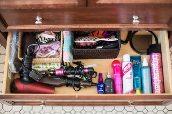 makeup-bathroom-cleaning-organization-spring-cleaning-tips-blogger-makeup-lifestyle-115