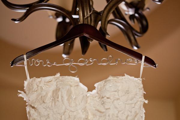wedding-dress-hanger-2