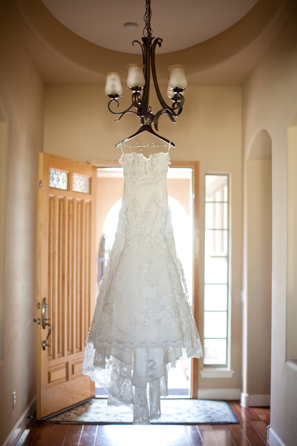 wedding-dress-hanger-3