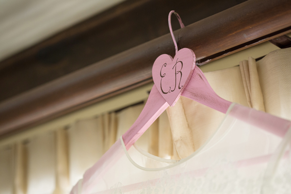 wedding-dress-hanger05
