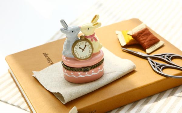 mini_vintage_jewelry_box