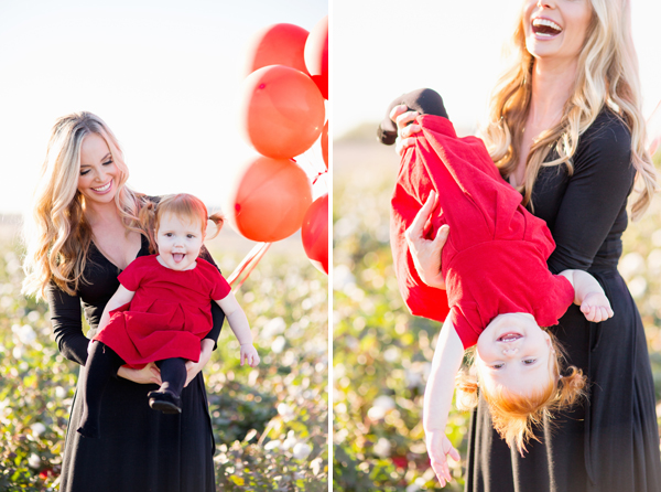 phoenix-arizona-portrait-photographer-cotton-field-family-christmas-holiday-red-balloons006