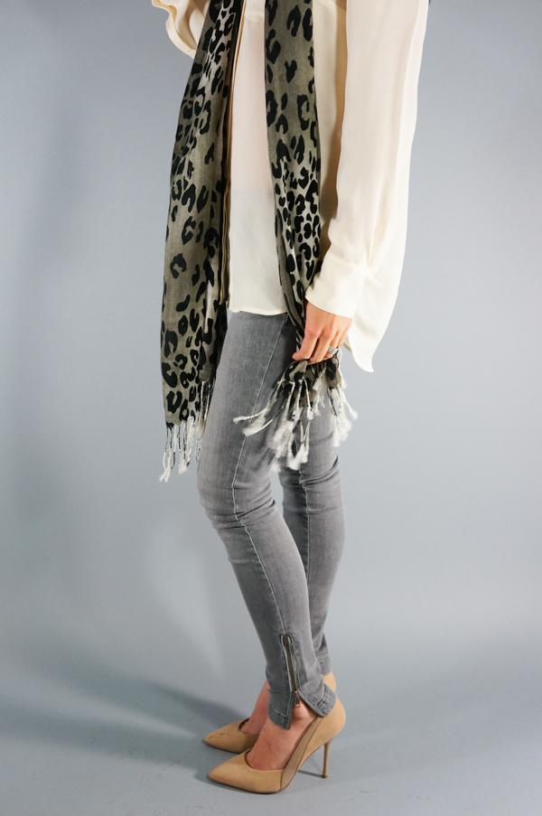 sherpa-jacket-coat-leopard-scarf-target-grey-gray-denim-shop-bop-fashion-phoenix-lifestyle-blogger-model-123