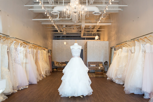 bella-lily-bridal-glendale-arizona-phoenix-bridal-boutique-diana-elizabeth-photography001