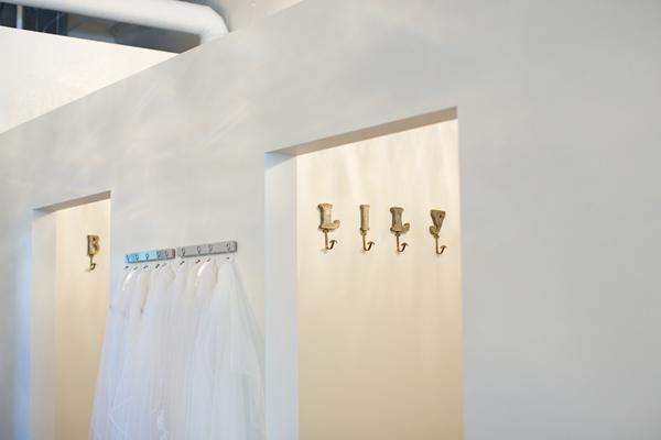 bella-lily-bridal-glendale-arizona-phoenix-bridal-boutique-diana-elizabeth-photography008