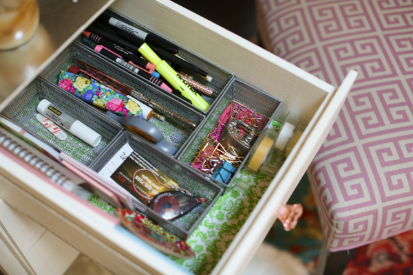 office-dollar-store-cute-floral-drawer-liner-feminine-home-office-115