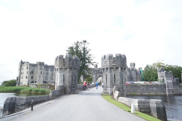 reign-filming-ireland-ashford-castle114