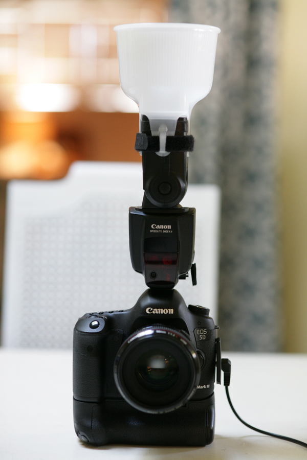 Off Camera Flash Part 3: Diffuser + Battery Pack