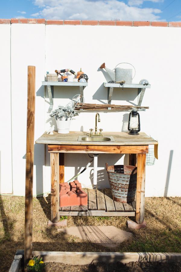 diana-elizabeth-outdoor-phoenix-arizona-garden-blogger-gardening-farming-124