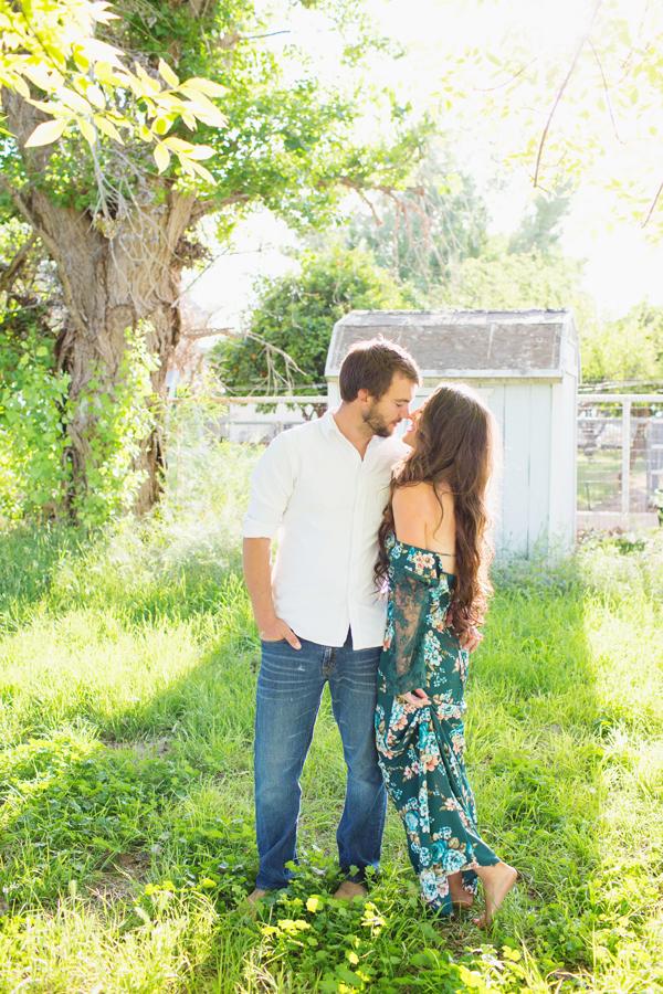 diana-elizabeth-portrait-couple-engagement-ideas-photography-posing-ideas-angela-saban-design-farm-shoot-gilbert-arizona-couture-farm-rent-the-runway-chickens-goats-044