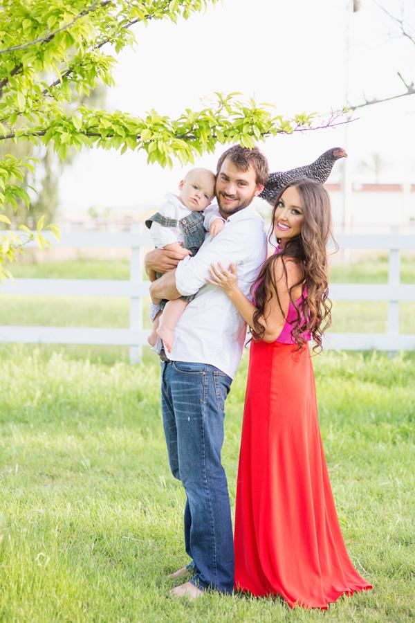 diana-elizabeth-portrait-couple-engagement-ideas-photography-posing-ideas-angela-saban-design-farm-shoot-gilbert-arizona-couture-farm-rent-the-runway-chickens-goats-050