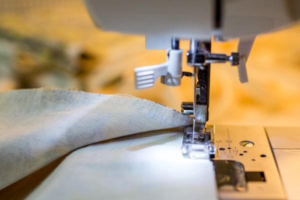 pillow-cushion-custom-sewing-diy-project-toile-print-114