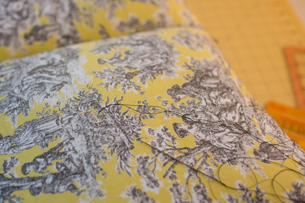 pillow-cushion-custom-sewing-diy-project-toile-print-123
