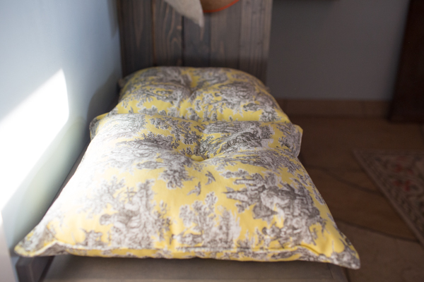 pillow-cushion-custom-sewing-diy-project-toile-print-129