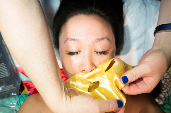 24-kt-mask-gold-collagen-beautiful-skin-and-nails-review004