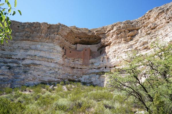 montezuma-castle-arizona-camp-verde-clear-water-creek-arizona-travel-blogger014