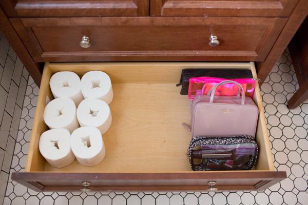 bathroom-organize-linen-closet-simple-living-scott-tissue-naturals-113