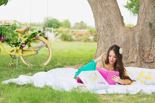 freely-christian-subscription-box-graphic-design-photo-shoot-yellow-bike009
