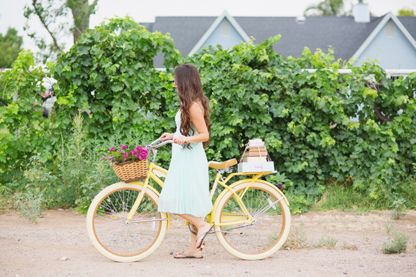 freely-christian-subscription-box-graphic-design-photo-shoot-yellow-bike015