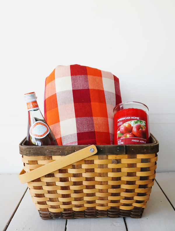 american-home-yankee-candle-labor-day-hostess-gift-basket