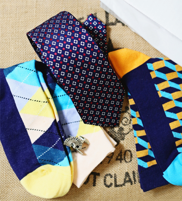 dapper-box-men-subscription-box-ties-socks