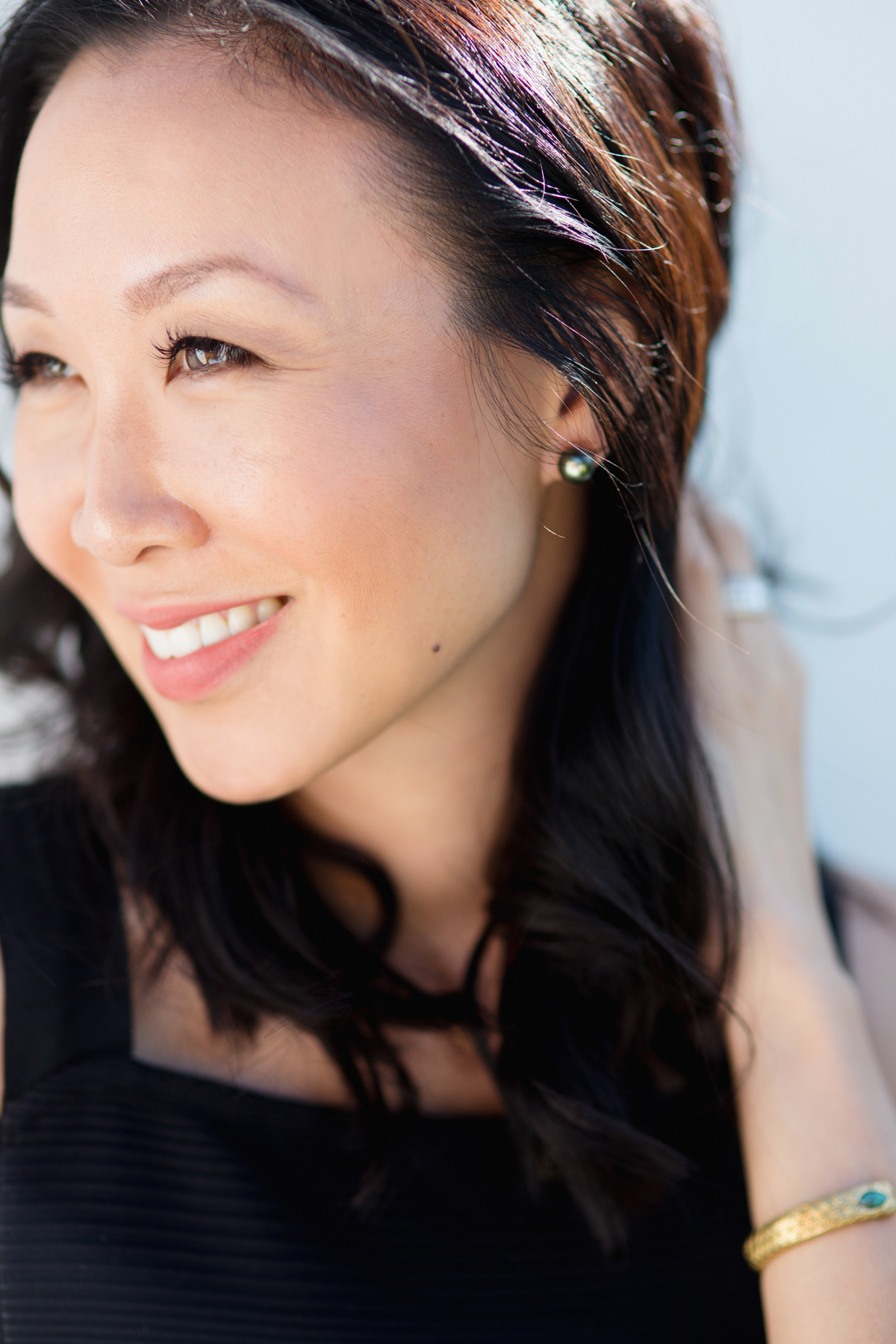 laguna-pearl-earrings-blogger-review-9918