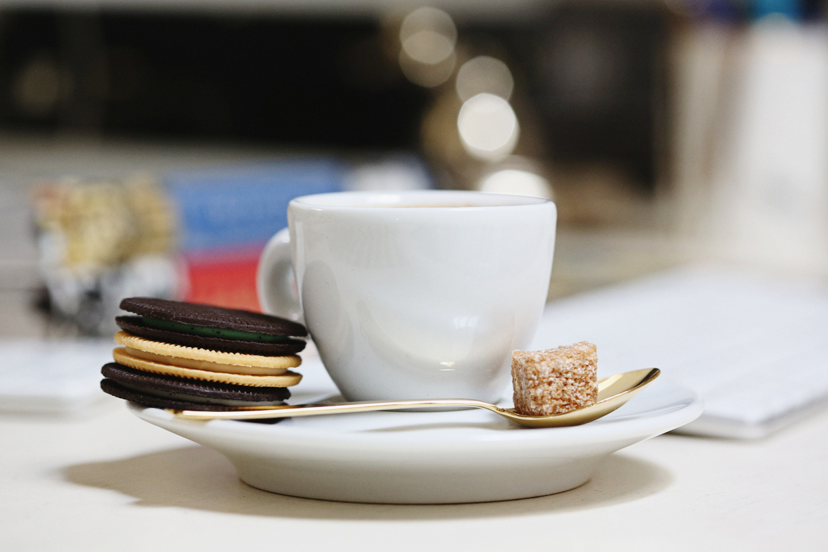 oreo-thins-indulgencies-small-office-space-4