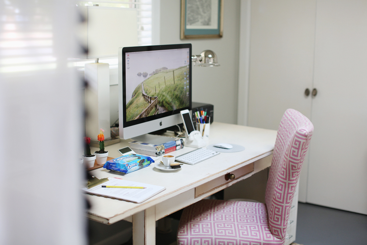 oreo-thins-indulgencies-small-office-space