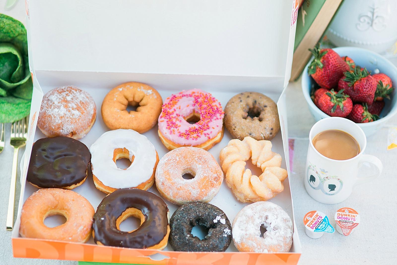 diana-elizabeth-blog-lifestyle-dunkin-creamers-dunkin-donuts-brunch-book-club--4613