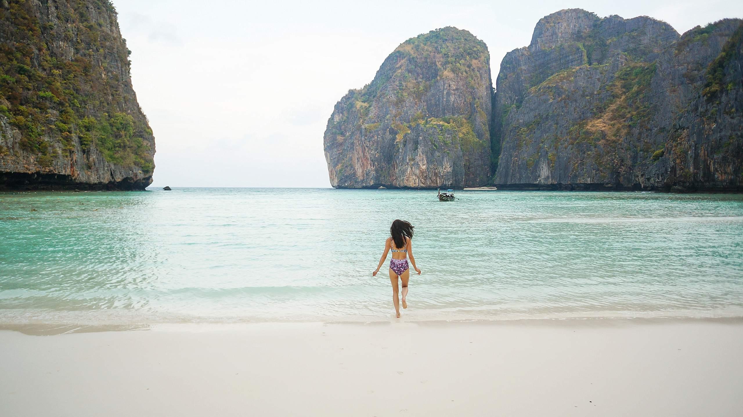 phoenix travel blogger diana Elizabeth Thailand phi phi islands blog post