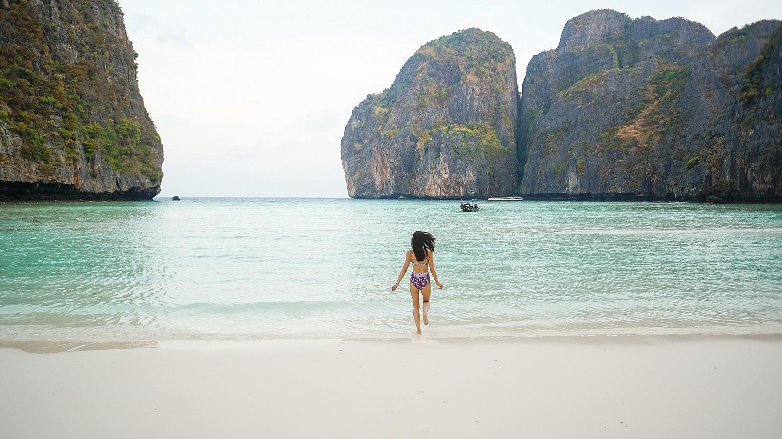 Thailand-diana-elizabeth-travel-blogger-phoenix-400