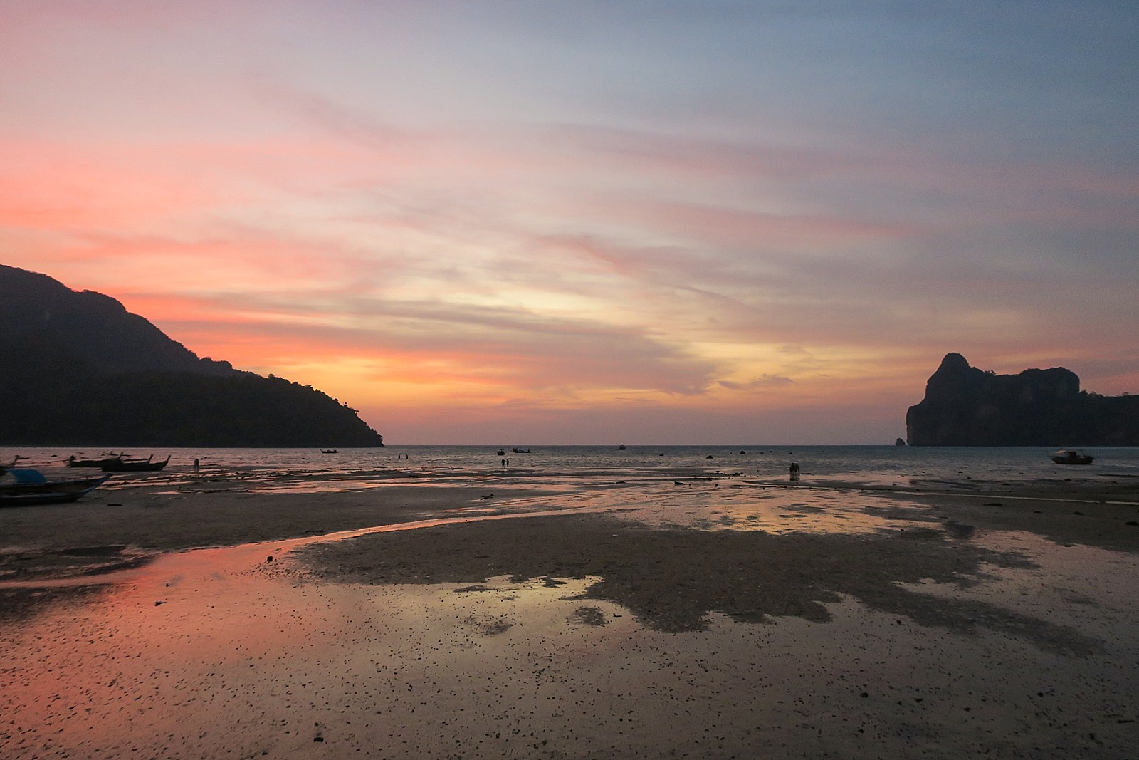 Koh phi phi island sunset low tide