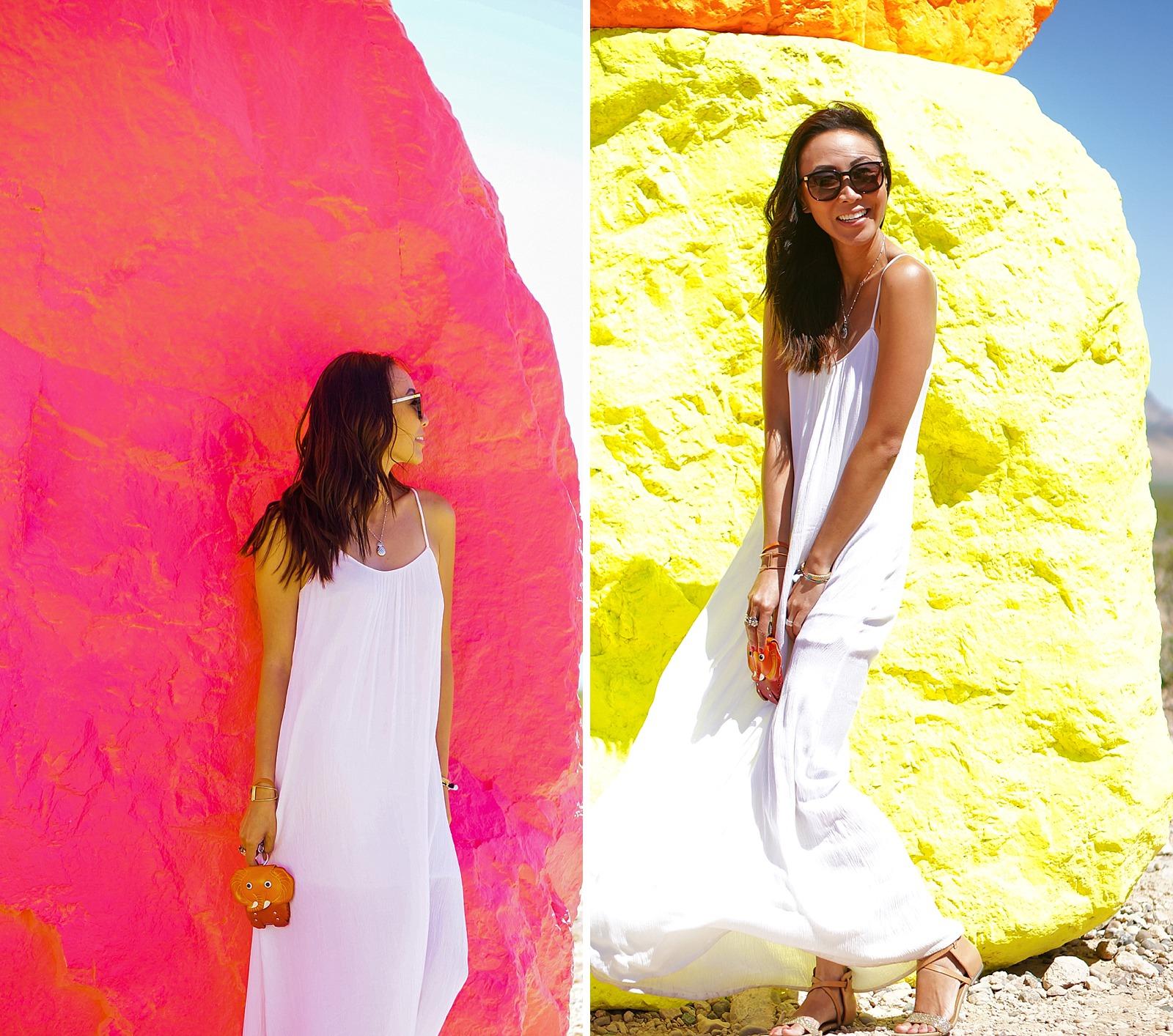 las-vegas-travel-blogger-trip-arizona-diana-elizabeth-blog-com-seven-magic-mountains-_0013