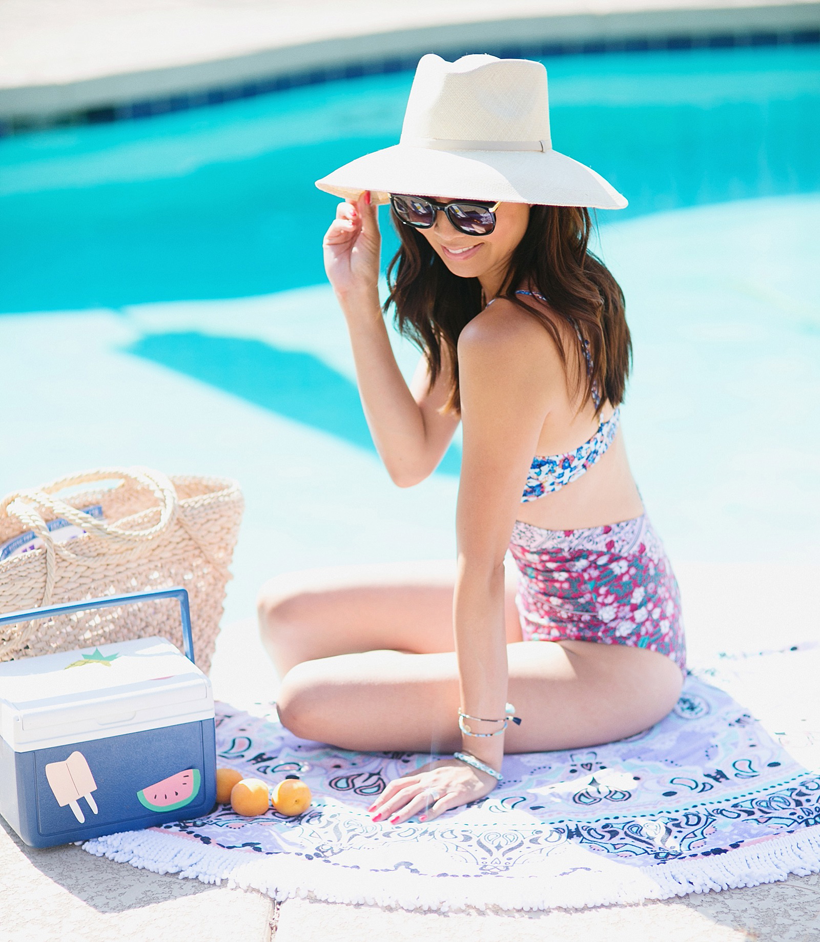 weight-watchers-pool-ready-summer-photoshoot-pool-shoot-model-lifestyle-blogger-arizona-phoenix-diana-elizabeth-blog-_00431