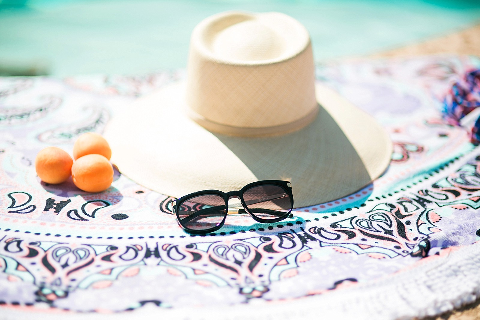 beach hat pool sunnies wildfox
